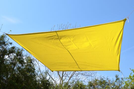 Sárga napvitorla 2,9*1,9*1,6*1,6 m trapéz